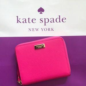 Kate Spade Darci bright pink wallet